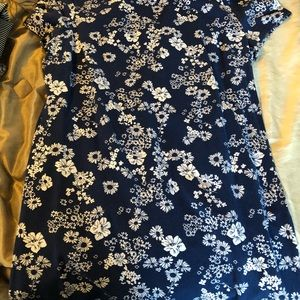 Old Navy Blue and White Floral Dress Stretchy L